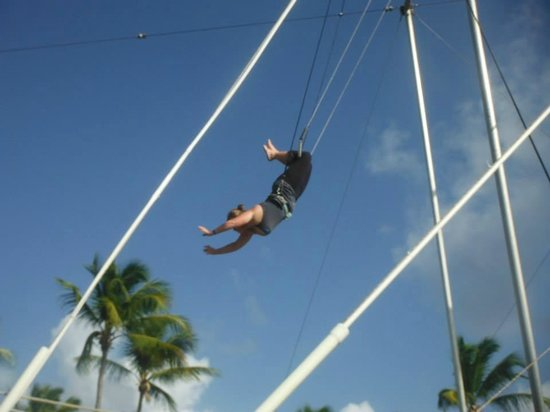 Club Med Punta Cana : My friend doing the trapeze as I nervously watched.