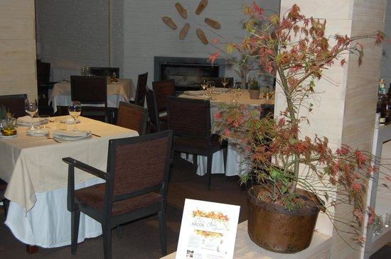 Restaurante Los arcos: comedor
