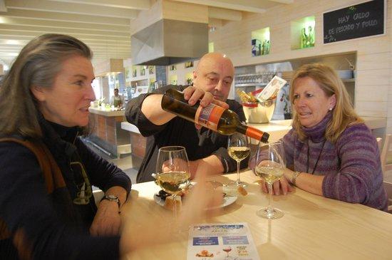 Restaurante Los arcos: Jueves de pincho y vino