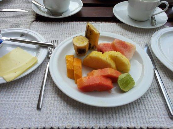 Temple Tree Resort & Spa: Alltid färsk frukt till frukosten