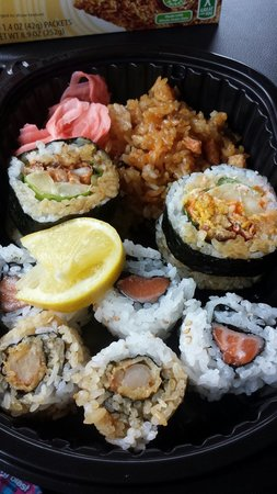 Suehiro Japanese Restaurant: Worth stopping by for lunch! Dynamite lunch special with shrimp tempura and salmon rolls with an