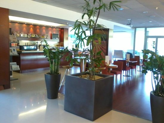 Novotel Barcelona Sant Joan Despi: We will most surely repeat this hotel!