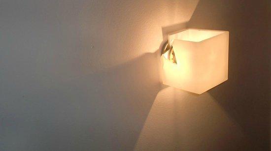 La Petite Eclipse : Lumière du lit