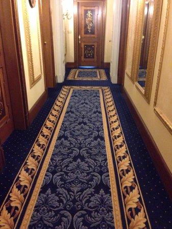 Grand Hotel Des Iles Borromees : Corridoi terzo piano