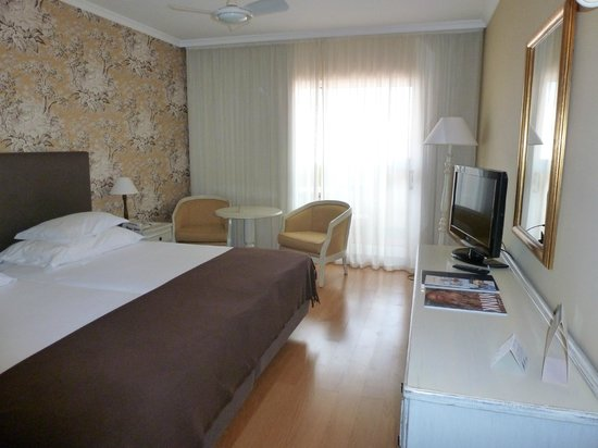Pestana Village: The Bedroom