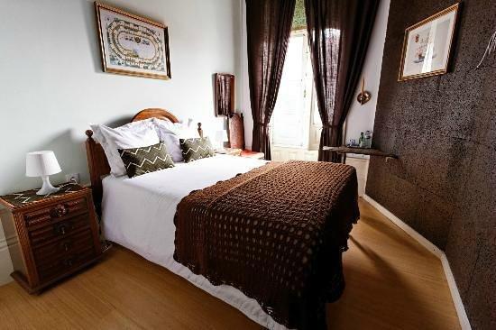 Alvares Cabral Guest House : une des chambres