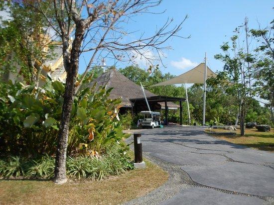 The Vijitt Resort Phuket: Lobby