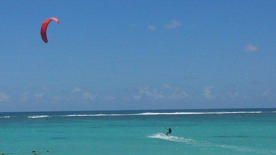 Orchid Villas Mauritius: Public beach