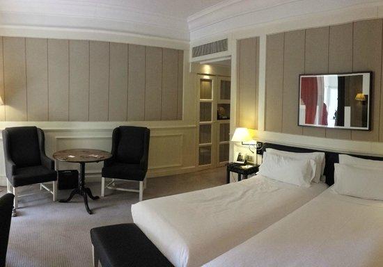 Majestic Hotel & Spa Barcelona: Spacious room