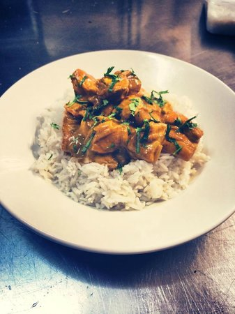 Globe Hotel Restaurant: Chicken and coriander curry on today's specials