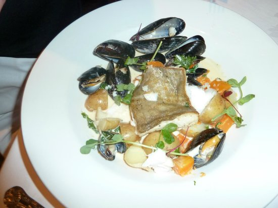 Stonefield Castle Hotel: cod and mussels.
