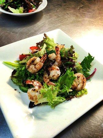 Globe Hotel Restaurant: Prawn salad