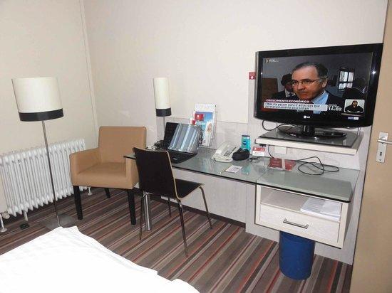 Leonardo Hotel & Residence München: Quarto