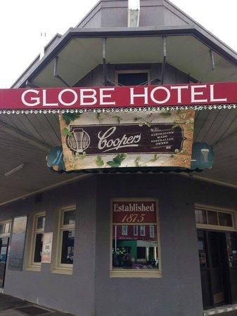 Globe Hotel Restaurant: est 1875