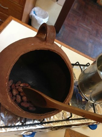 Choco Museo: roasting the cacao beans before turning it into hot chocolate and tea