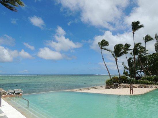 Shangri-La's Fijian Resort & Spa: Finally found the Infinity Pool