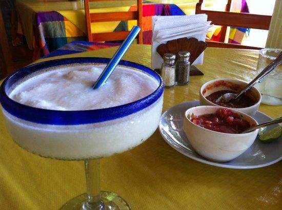 Tequila y Salsa Brava : drinks were good