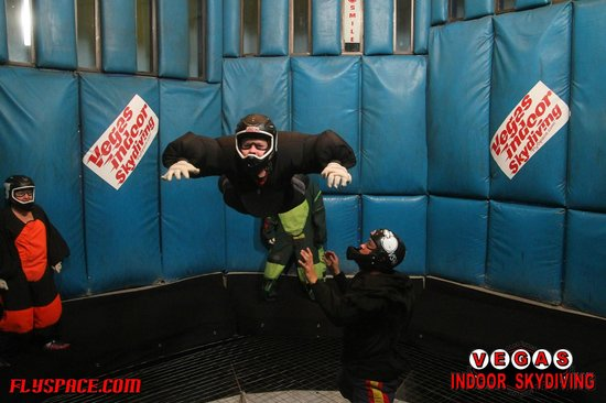 Vegas Indoor Skydiving : Trey The Skydiver!