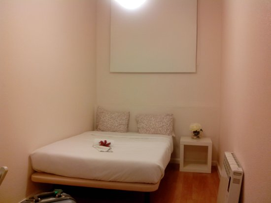 Pensao Central : cama