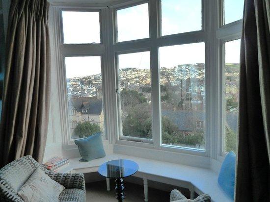 The Hampton's Hotel: Nice bay window