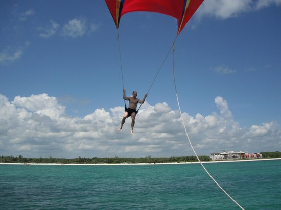 Maroma Adventures: Up up and away.....