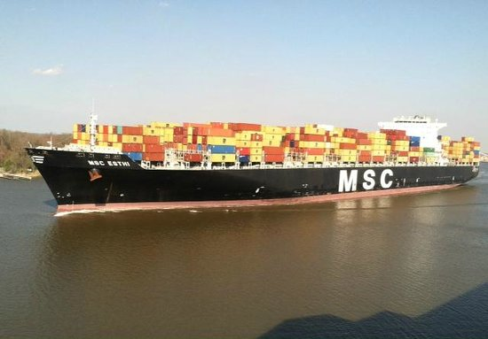 Savannah Marriott Riverfront: Container Ship on Savannah River as seen from our room
