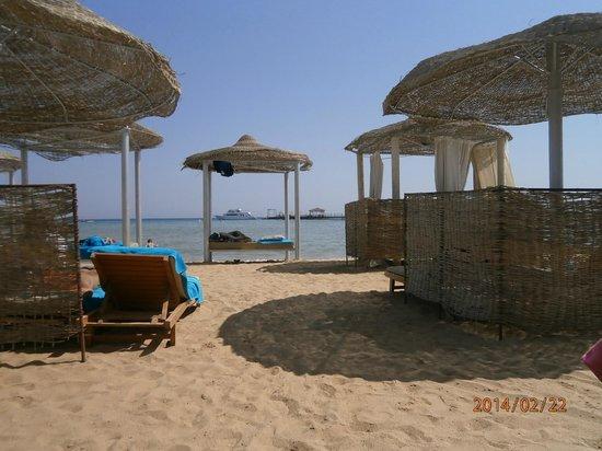 Amwaj Blue Beach Resort & Spa: lots of space
