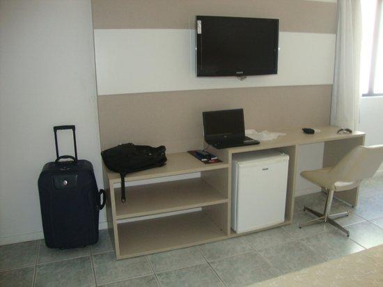 D'Sintra Hotel: Tv, internet, frigobar