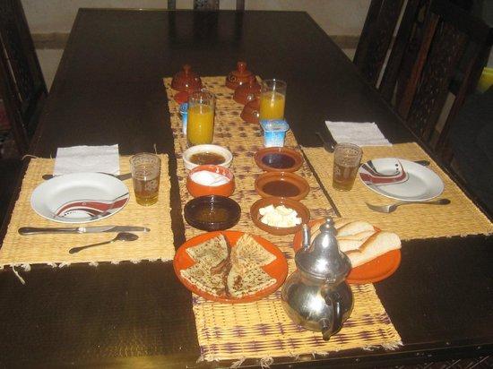 Dar Amanza: petit déjeuner