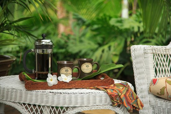 Holualoa Inn: Fresh coffee from our working Kona Coffee Estate