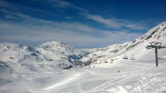 Chalet Hotel Moris : One of the many great views form Espace Killy