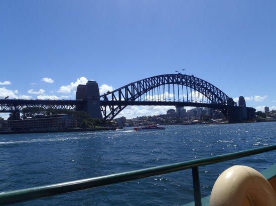 Manly Ferry: best view of Sydney Harbour Bridge