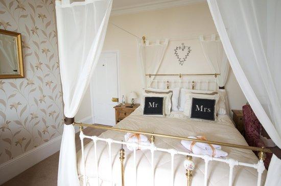Ael y Bryn Hotel: Room 3. Bridal suite. Spacious room with amazing sea views