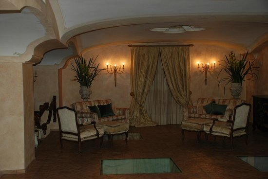 Palazzo Marziale: Another sitting area