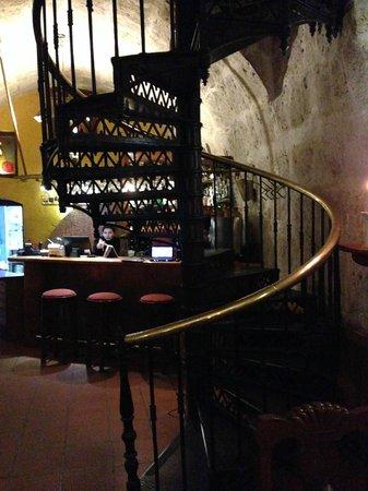 Zig Zag Restaurant : Eiffel's staircase
