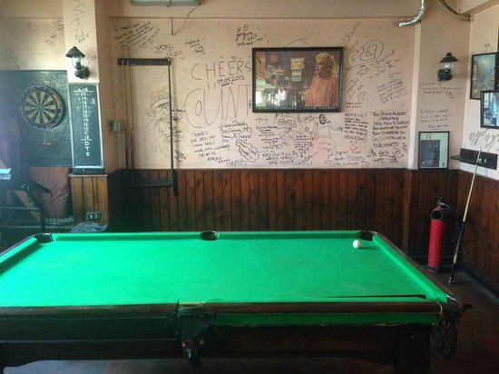 The Kings Head Pub and Restaurant: Pool table area