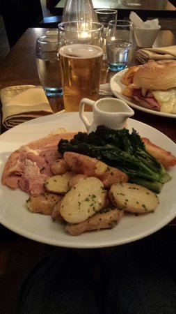 The Lamb Inn: best ham I have ever had.... perfect
