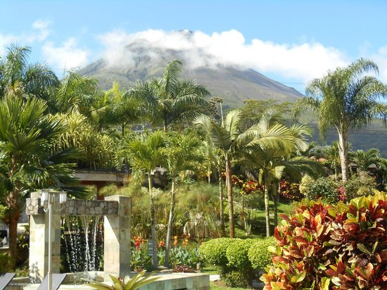The Royal Corin Thermal Water Spa & Resort: View of volcano