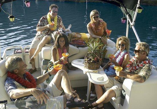 Bass Lake Water Sports Boat Rentals : Party Time! Relax at Bass Lake California