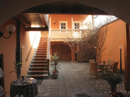 Rooms and Apartments Silak: ingresso
