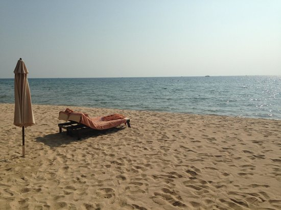 Chen Sea Resort & Spa Phu Quoc: The beach