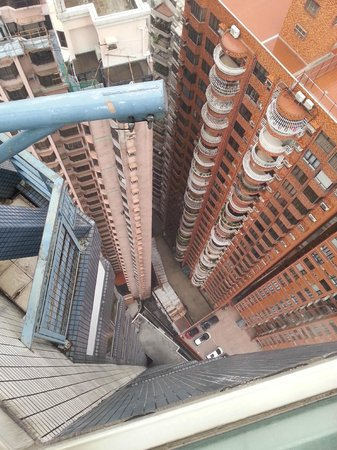 Metropark Hotel Causeway Bay Hong Kong: View from roof pool