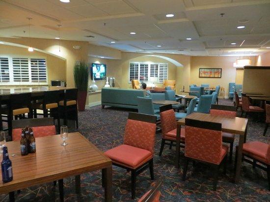 Residence Inn by Marriott Miami Coconut Grove: Frühstücksraum