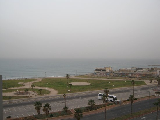 Dan Panorama Tel Aviv: Vista dalla stanza 915