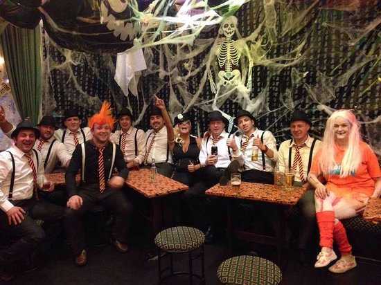 GR8 Hotel: Halloween