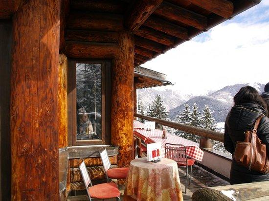 Panorama Restaurant Schatzalp: The terrace