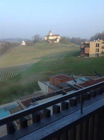 LOISIUM Wine & Spa Resort Südsteiermark: vom Balkon aus