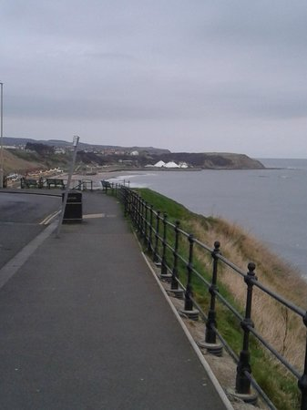 The Clifton Hotel - Scarborough : View from outside the hotel looking left to North Beach