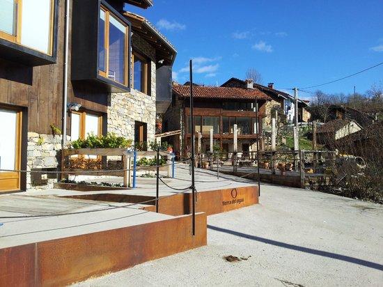 Tierra del Agua Restaurante: vista exterior de apartamentos