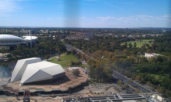 Stamford Plaza Adelaide: View from Floor 20 - pool deck.